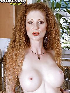 Redhead Moms Pics